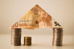 Kúpu bytu na úver si treba dobre premyslieť