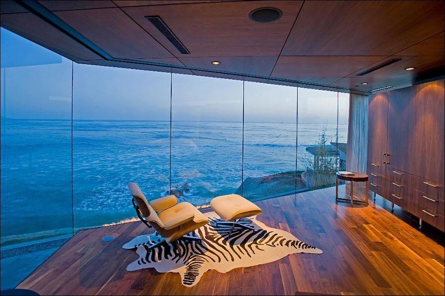 Bývanie nad morom