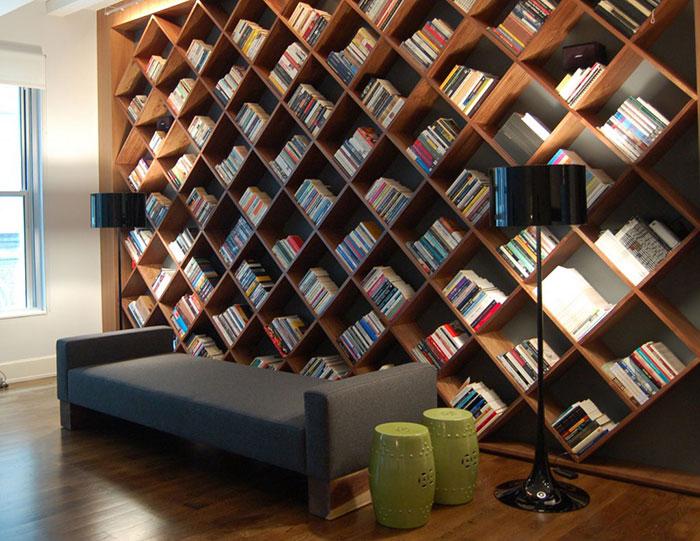 Knižnica na celú stenu