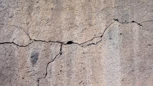 Prasknutý betón pri nekvalitnom betónovaní