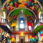 Kostol so skate parkom a grafity