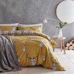 Žlté posteľné obliečky Catherine Lansfield Stag, 135 x 200 cm